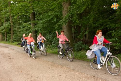 Avond Rijwiel vierdaagse in Vaassen