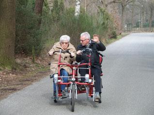 Win een gratis fietstocht voor een oudere uit Vaassen