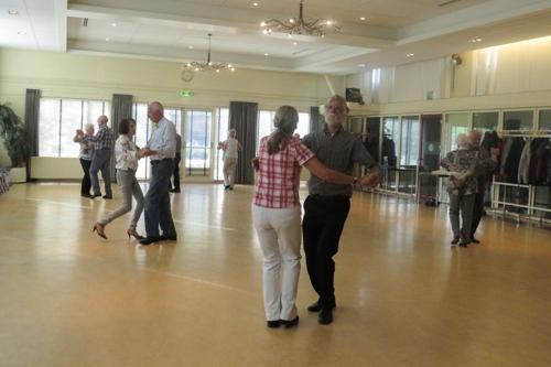 Gezellige dansmiddag in Vaassen