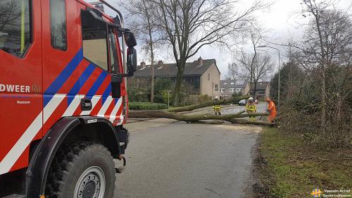 Code Rood, storm in Nederland en uiteraard ook Vaassen!