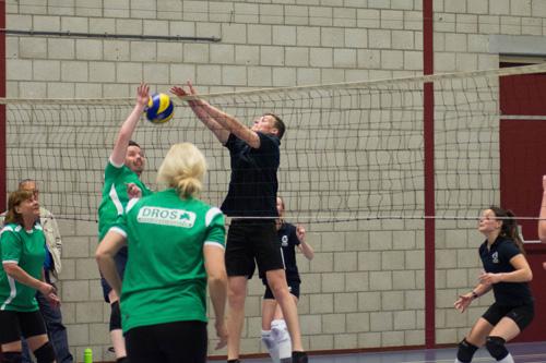 Finale avond de Wilde Buurt-en bedrijven volleybaltoernooi