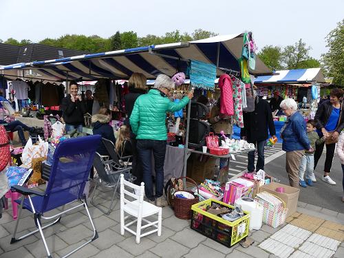 Nog wat foto's van de rommelmarkt Koningsdag 2018
