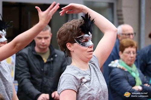 """Demonstratie dansgroep MDC tijdens """"Vier het voorjaar"""""""