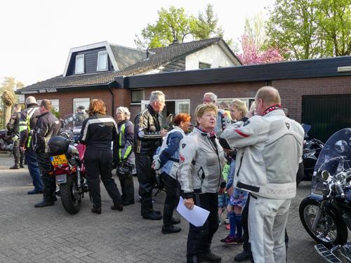 Jaarlijkse motorrit oud leerlingen verkeersschool Joop Hagen