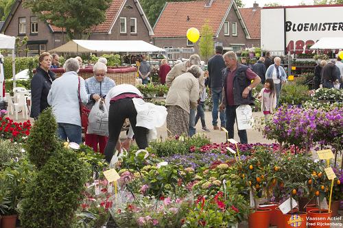Bloemen-en tuinmarkt Vaassen