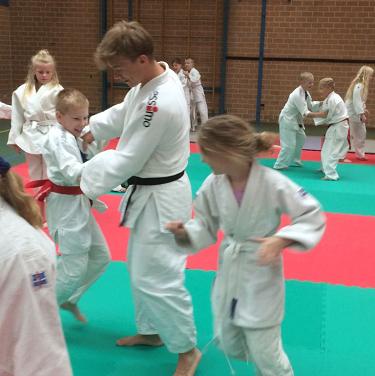 De Sprenge beweegt met…judoles!