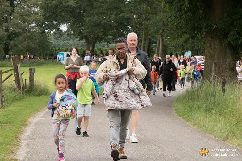 Start Avondwandelvierdaagse 2018 bij de Kouwenaar Vaassen