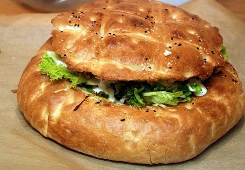 Gevuld Turksbrood