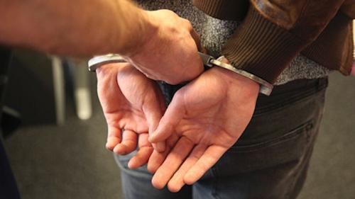 Politie ontdekt hennepkwekerij na tip verdachte situatie