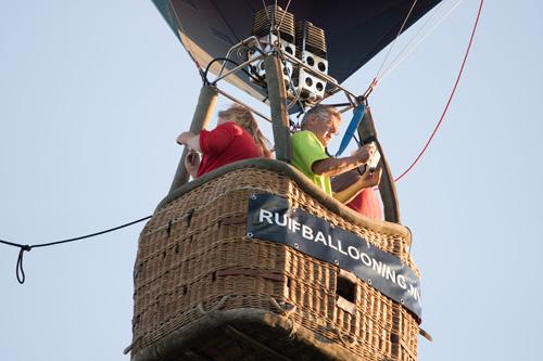 Winnaars verloting de lucht in met Ruif Ballooning