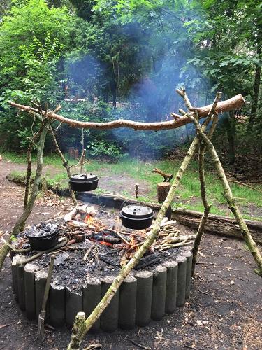 Scoutinggroep Maarten van Rossum outdoor dag: 'A day in the woods'.