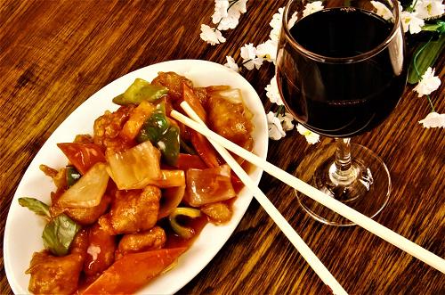 Samen eten bij Wijksteunpunt Burgerenk elke 2e dinsdag van de maand