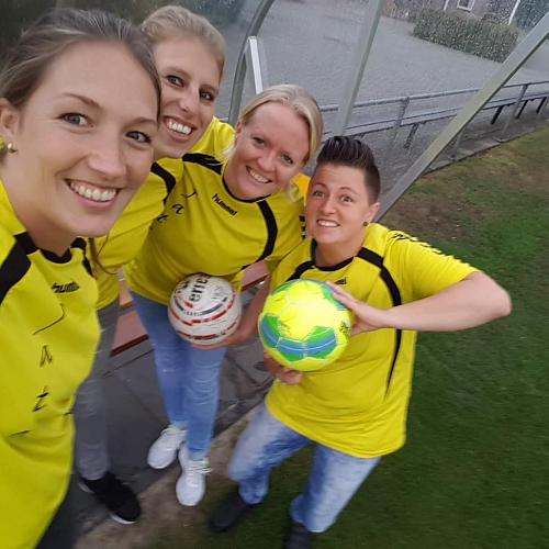 7×7 damesvoetbal bij Vios Vaassen!