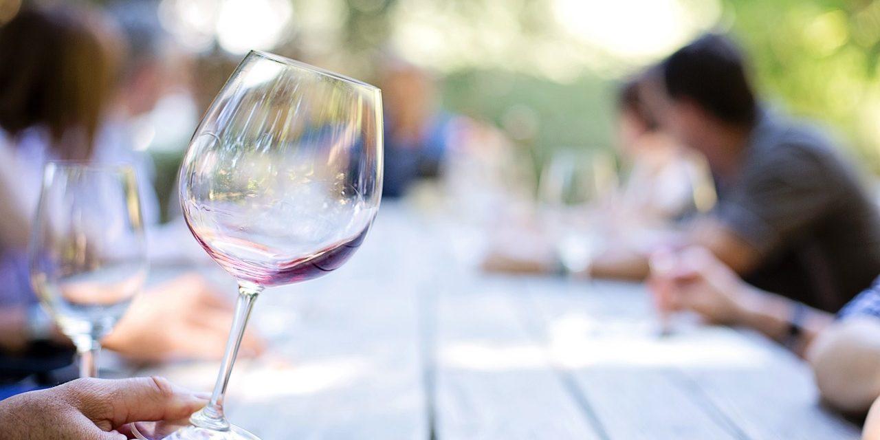 Wijnproeverij in de Ruif