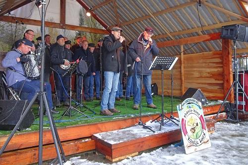 Shantykoor Kantje boord beëindigt het jaar in eigen dorp
