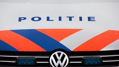 Politie rijdt gestolen auto klem na achtervolging uit Duitsland
