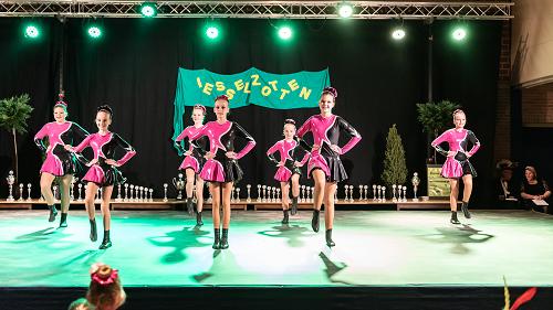 Dansgardes der Rossumdaerpers boeken mooie ereplaatsen in Olst