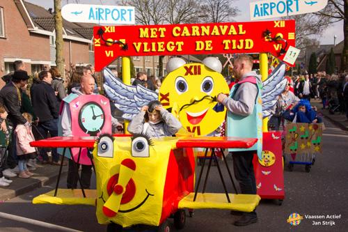 Carnavalsoptocht in Vaassen
