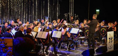 Voorjaarsconcert Prins Bernhard Emst in Hezebrink