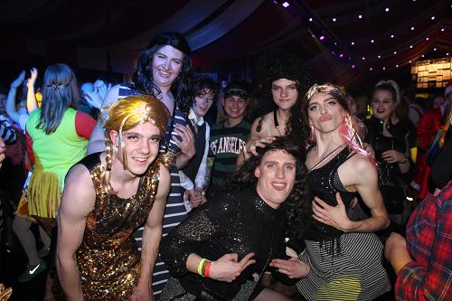 Laatste avond carnaval in de Rossumburcht