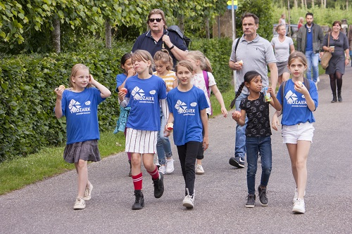 Avondwandelvierdaagse in Vaassen Dag 1