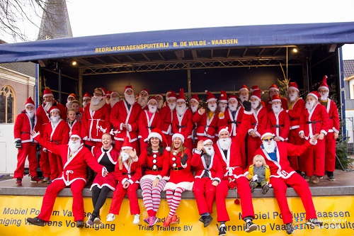 Santa Fun door Vaassen met een Urban Walk & Run
