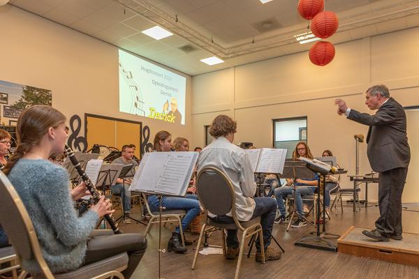 Jeugd Muziekvereniging Prins Bernhard Emst laat van zich horen!