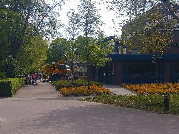 Hoogwerker bij Zorgcentrum Speulbrink