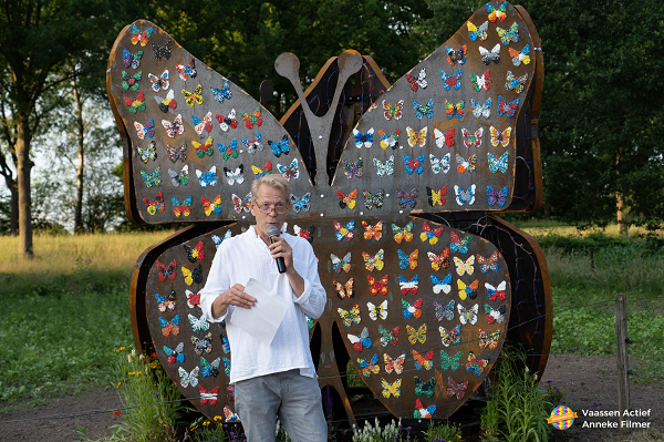 Onthulling vlinderkunstwerk bij Museum Hagedoorns Plaatse