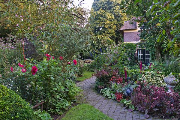 Hoogzomerweekend Tuinen De Roode Hoeve in Nijbroek