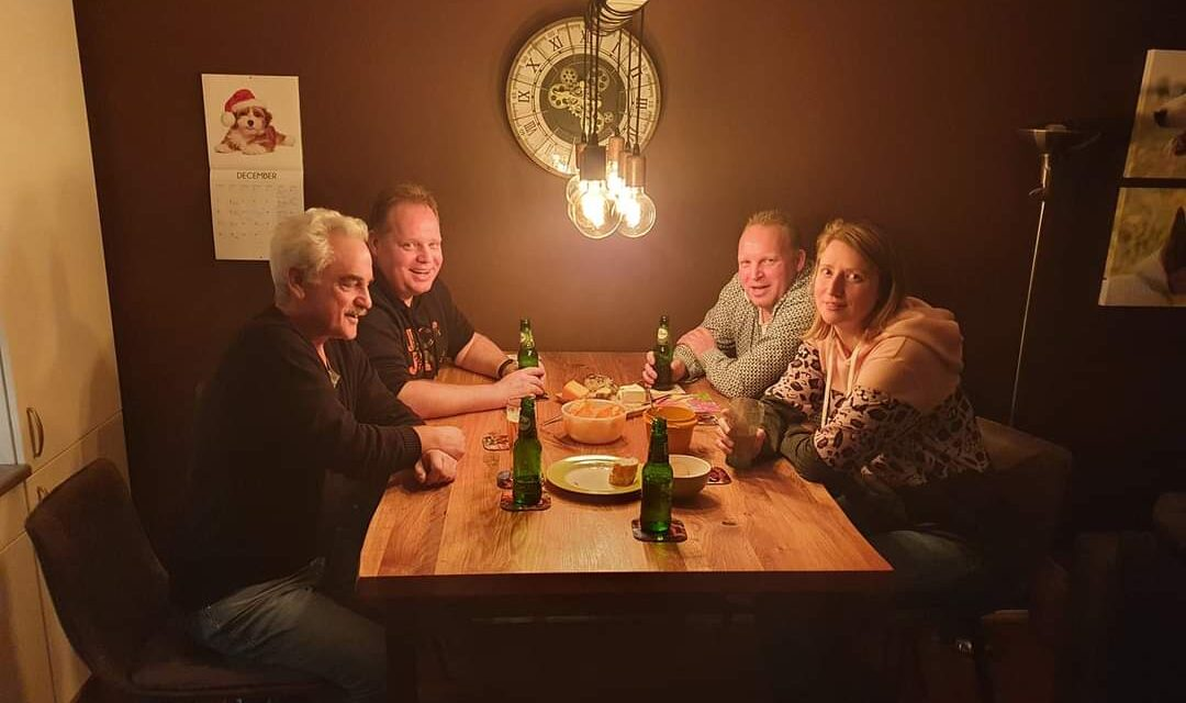 Team Niekamp wint Online Pubquiz