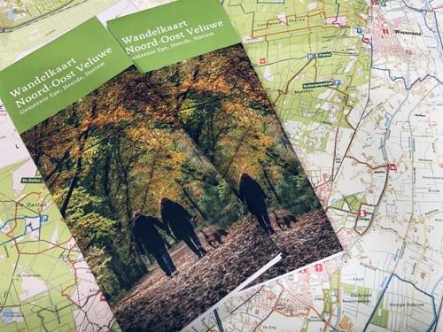 Lekker wandelen met de vernieuwde wandelkaart Noord-Oost Veluwe