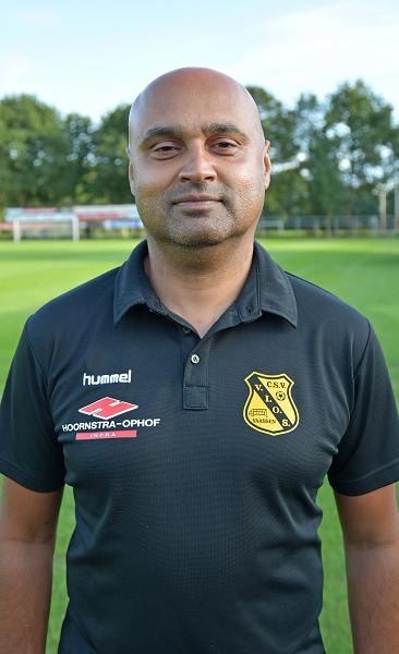 Maikel Amzand ook volgend seizoen hoofdtrainer c.s.v. VIOS