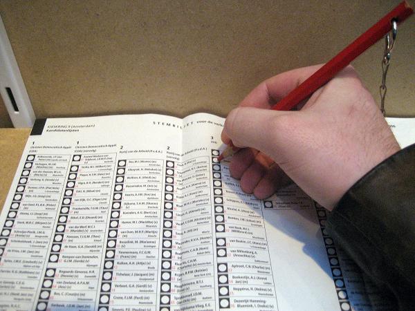 Verkiezingen: verkeerde retourenveloppen bezorgd bij sommige briefstemmers