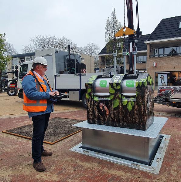 Mooiste buurtcontainer van Nederland staat nu in Vaassen